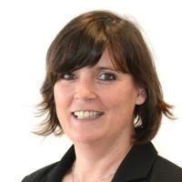Dr. Claudia Auinger