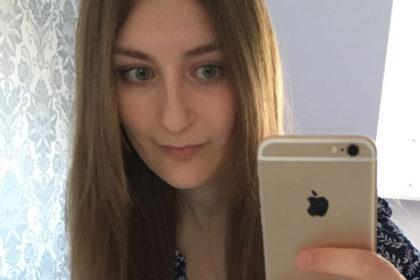 Julia Adelhardt absolviert eine Ausbildung zur Kauffrau Digital und Print beim Verlag W. Bertelsmann in Bielefeld